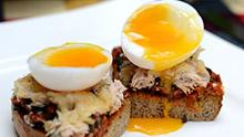 洋大厨教你做西餐 -【吞拿鱼意大利烤面包配温泉蛋】