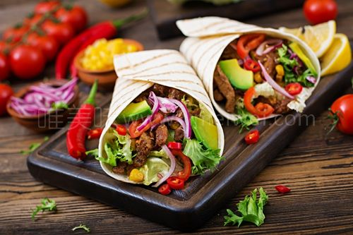 鸡肉玉米卷饼香香辣辣的太好吃了 -【Quesadillas & Enchiladas】
